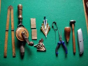 Herramientas usadas para tejer rejilla