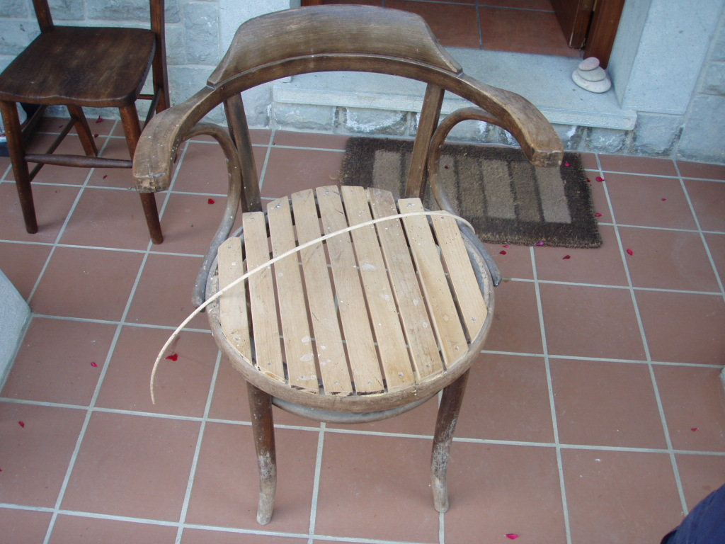 Como restaurar una silla thonet 3 artesania la pasera - Restaurar sillas de madera ...