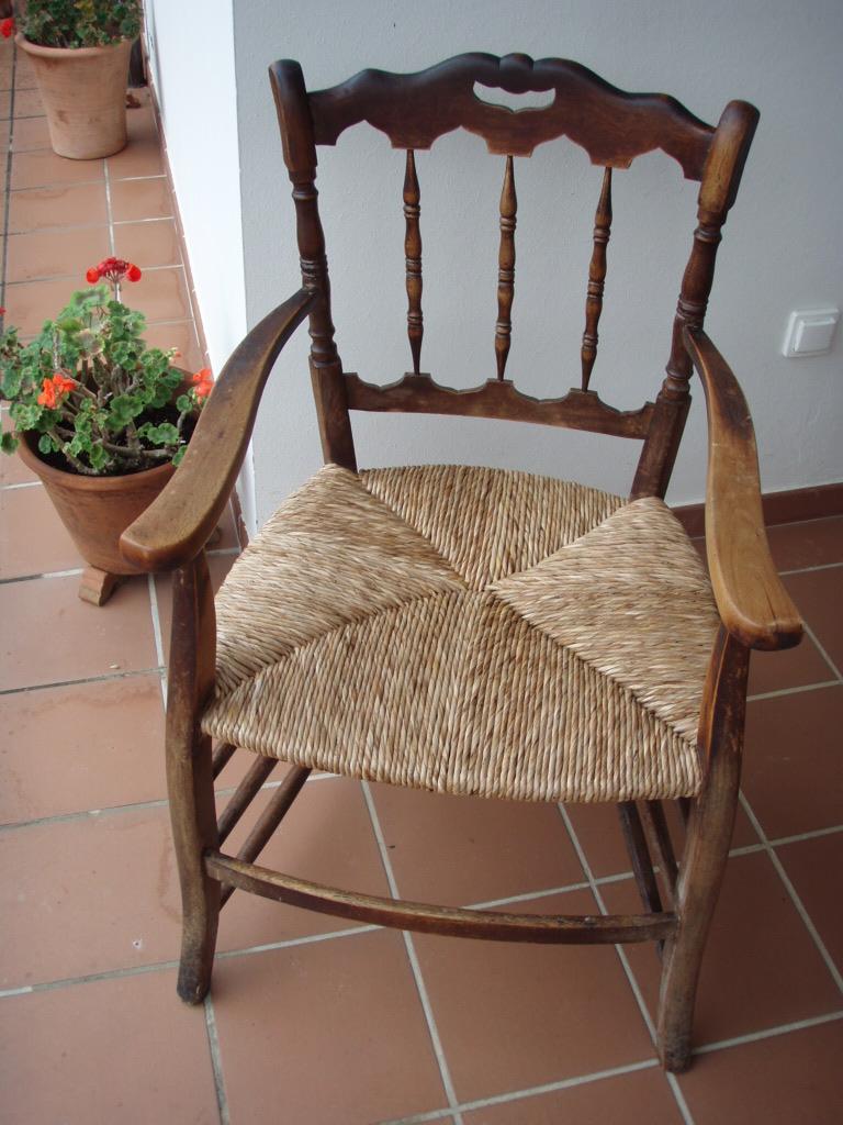 Restauraci n de una silla con asiento de enea 3 - Como limpiar tapiceria sillas ...